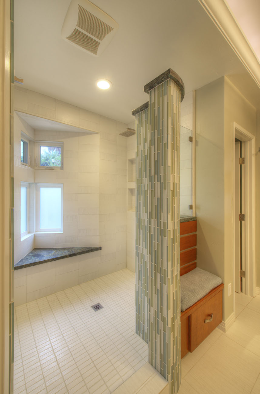 Before after bathroom remodel gallery in san diego for Bathroom remodel san diego