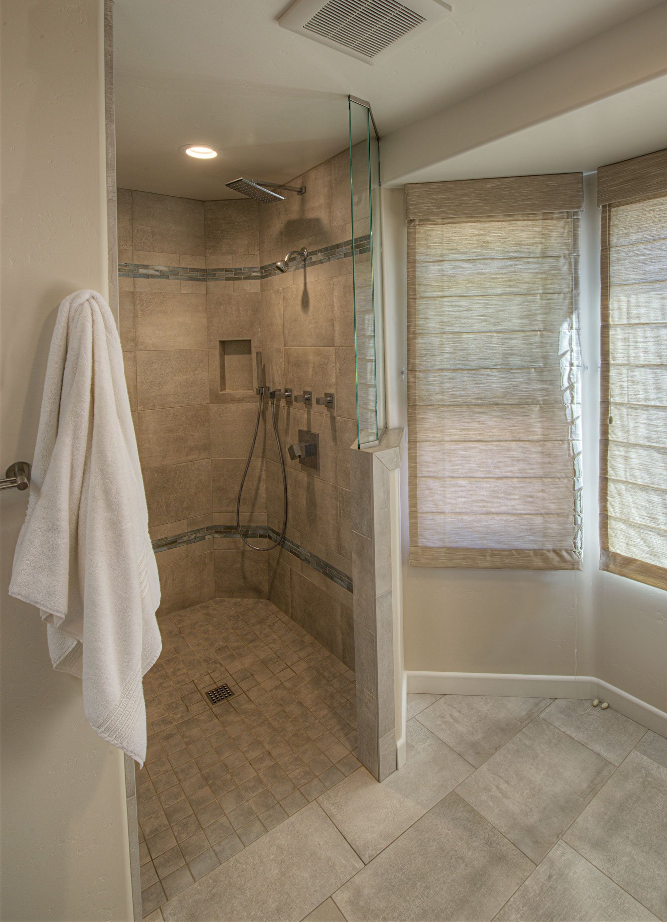 Bathroom remodel contractor near me