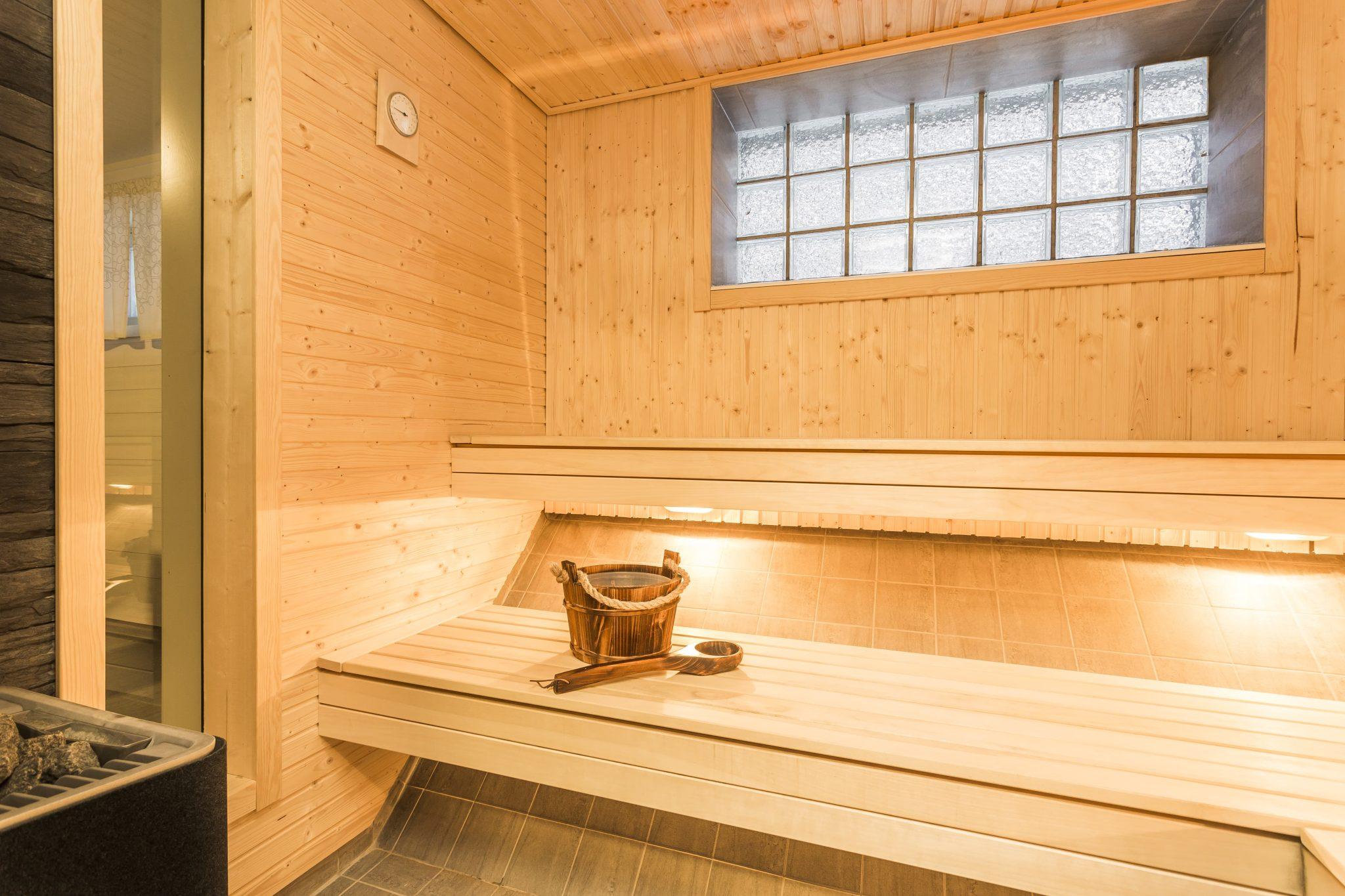 How to build a sauna