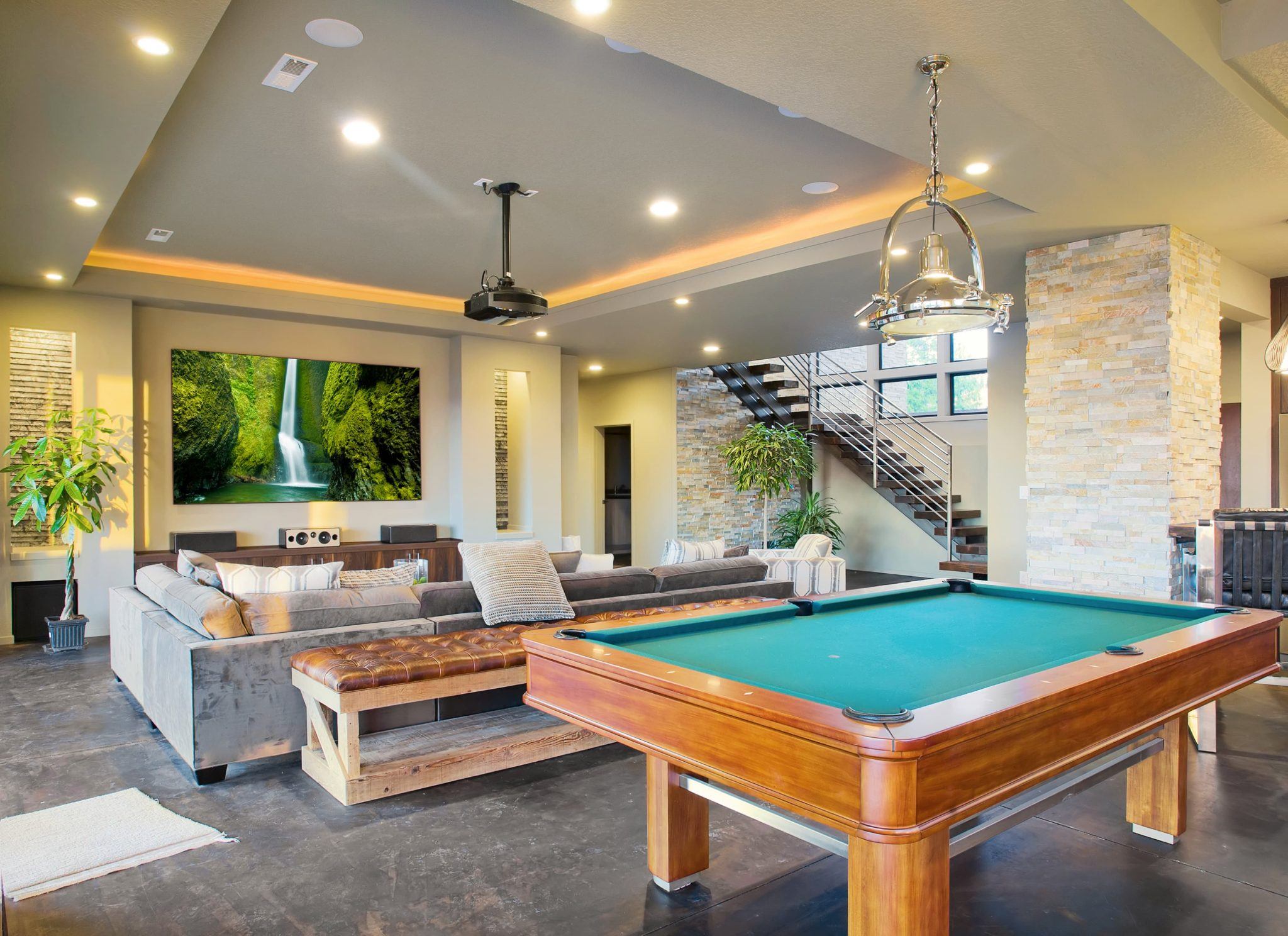 8 Must-Haves for Your Game Room