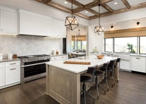 Where can I hire a team of experienced kitchen remodelers in Encinitas, CA?